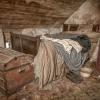 inilah-sebuah-rumah-dibiarkan-dengan-barang-asli-selama-100-tahun