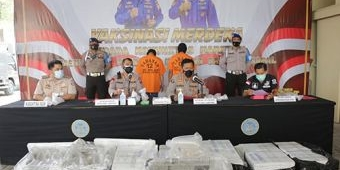 Dua Kurir Pengirim Benur Tanpa Izin Ditangkap di Probolinggo