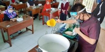 Kurangi Dampak Pandemi, LAZISNU Sidoarjo Gelar Pelatihan Pembuatan Nata de Coco