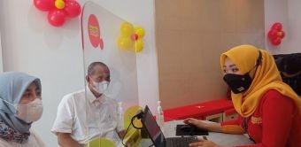 Meski Pandemi, Gerai Indosat di Sidoarjo Tetap Buka