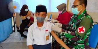 Izin Orang Tua Jadi Kendala Vaksinasi Pelajar di Tuban