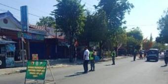 Cegah Sebaran Covid-19, TNI-Polri Paron Ngawi Gelar Operasi Yustisi Secara Masif