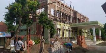 Progres Minus 32 Persen, Pembangunan Kantor Kecamatan Kraton Diduga Pakai Material Bekas Bongkaran