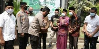 Tinjau Vaksinasi di Pakis Malang, Kapolda Jatim Imbau Masyarakat Tetap Jaga Prokes