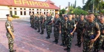 Militeristik,  IPW Desak Menhan Larang  Seragam Doreng Brimob
