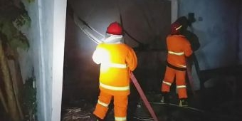 Gudang Ikan Ludes Terbakar di Probolinggo