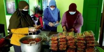 Bantu Warga Kota Kediri Terdampak Pandemi, 400 Pack Cabai Hasil Panen Dibagikan Gratis