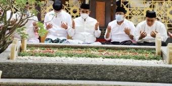 Napak Tilas Resolusi Jihad, Wakil Ketua MPR RI Ziarah ke Makam Pendiri NU KH Hasyim Asy'ari