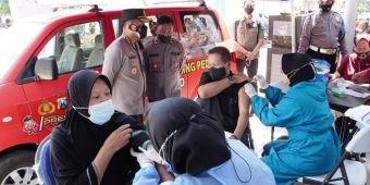 Percepat Vaksinasi, Kapolresta Sidoarjo Turun Langsung ke Desa