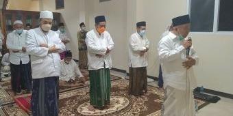 Dukung PTM, Kiai Asep Persilakan Kadindik Jatim, Wahid Wahyudi, Lihat Praktik di Amanatul Ummah