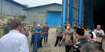 Usai Ditolak Warga Gulomantung, PT Indo Metal Recycle Disidak Ketua DPRD Gresik dan Komisi III