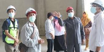 Pekerjaan Molor, Komisi III DPRD Gresik Sidak Proyek Islamic Center di Balongpanggang