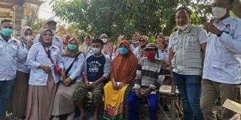 Gerindra dan Pira Gresik Bantu 2 Korban Rumah Terbakar di Desa Randusongo