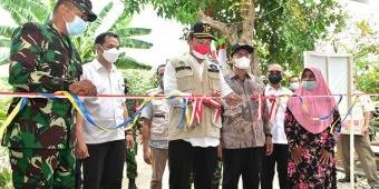 HUT Ke-76 RI, Pemkab Lamongan Kado Warga Desa Balun Jalan Mulus