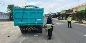 Tabrak Truk Parkir, Pemuda Asal Lamongan Luka Parah