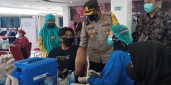 Polres Madiun Kota Gandeng Ikamma UI Gelar Vaksinasi Merdeka Untuk Pelajar