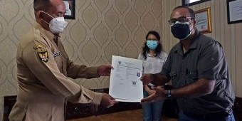 Agar Bisa Vaksin, Pemkot Kediri Bantu Terbitkan NIK bagi WNA