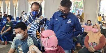 Partai Nasdem Sukses Tuntaskan Target 2.000 Dosis Vaksinasi untuk Warga di Kabupaten Kediri