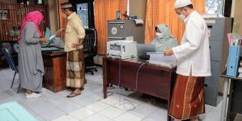 Peringati Hari Santri Nasional, Pegawai Pemkot Probolinggo Pakai Baju Muslim Seminggu