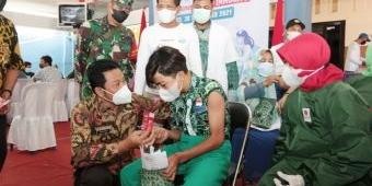 Gelar Vaksinasi, Pemdes Wadungasih Sidoarjo Siapkan Voucher Pulsa hingga Sepeda