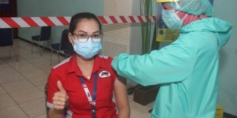 Dukung Program Pemerintah, JNE Siapkan 7.500 Vaksin untuk Karyawan dan Umum