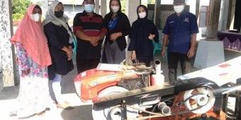 NasDem Kabupaten Kediri Serahkan Bantuan Alsintan kepada Petani Plemahan