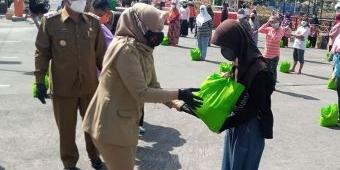 Hindari Kekurangan Pangan, Pemkot Madiun Terus Gelontorkan Bantuan Sembako untuk Warga Terdampak