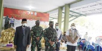 Forkopimda Ngawi Bersama Danrem 081/DSJ Madiun Pantau Vaksinasi Santriwati Pondok Gontor Putri 1