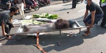 Kecelakaan di Jalan Raya Kletek Sidoarjo, Pengendara Motor Tewas Ditabrak Truk