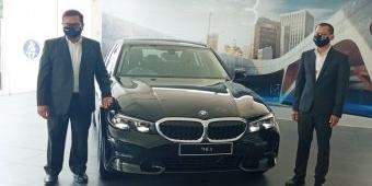 Demand Naik, New BMW 320i Dynamic Hadir di Surabaya