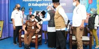 Pencanangan Vaksinasi Covid-19 di Lamongan, Bupati Fadeli Tak Lolos Screening