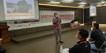 Efisiensi Biaya Operasional Logistik, J&T Andalkan Isuzu Traga