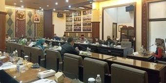 Minus Praktisi Penyiaran, Komisioner KPID Jatim Terpilih Didominasi Aktivis Ormas