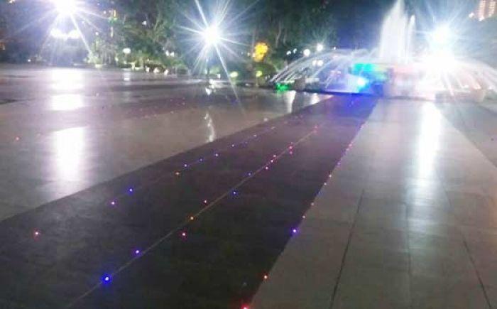 Lebih Cantik Kini Lantai Taman Surya Dipasang Lampu Kelap Kelip Bangsa Online Cepat Lugas Dan Akurat