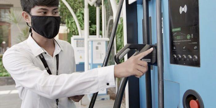 penjualan-mobil-listrik-meningkat-pln-cari-mitra-usaha-untuk-bangun-spklu
