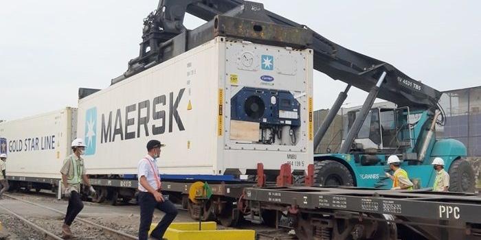 prospek-pt-kai-mulai-operasikan-kereta-api-barang-dari-stasiun-indro-gresik